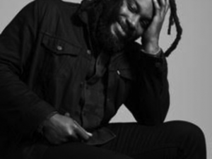 Photo of Jason Reynolds courtesy of poets.org